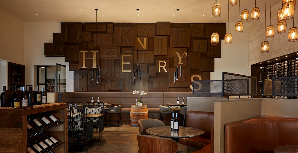 Henry's Uncorked - A Patio Wine Bar