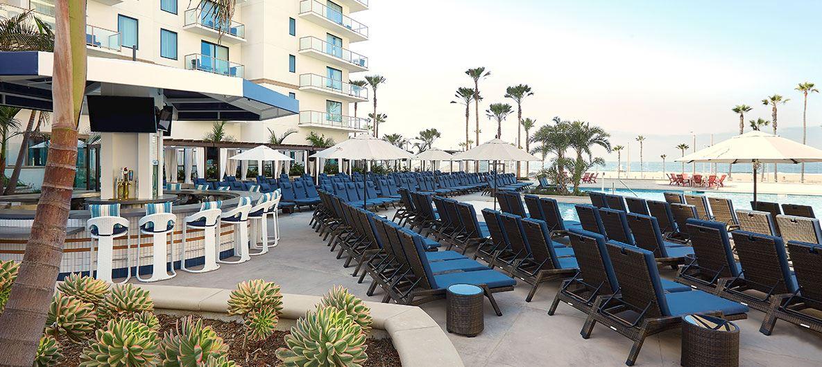 Cool Huntington Beach Pool Bar The Waterfront Beach Resort
