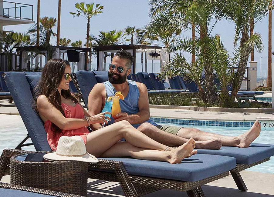 Huntington Beach Resort offers Romantic Beach Package