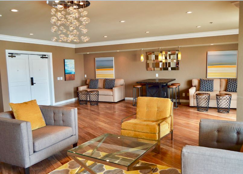 Driftwood Suite in Waterfront Beach Resort - a Hilton Hotel, Huntington Beach