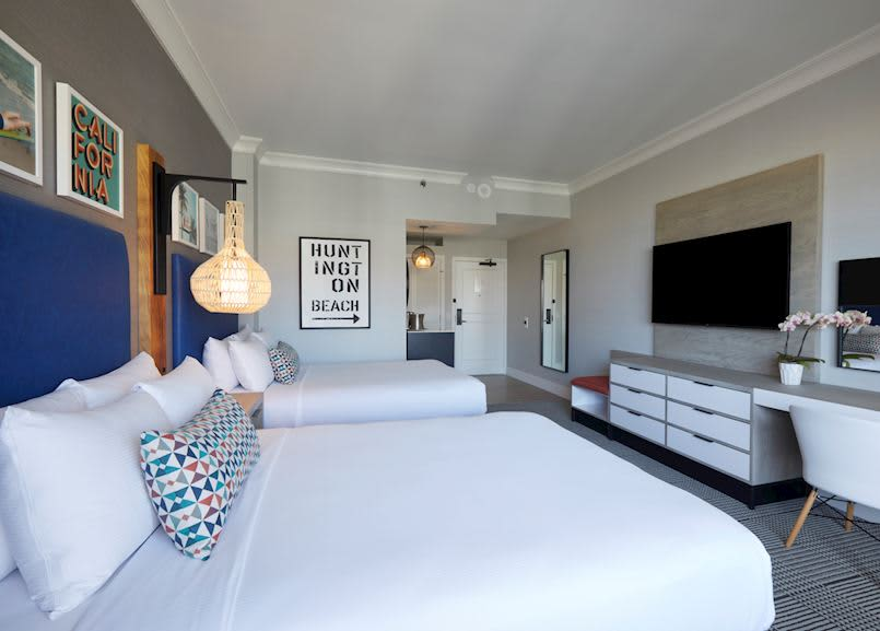 Waterfront Beach Resort - a Hilton Hotel, Huntington Beach Partial Ocean View Queen